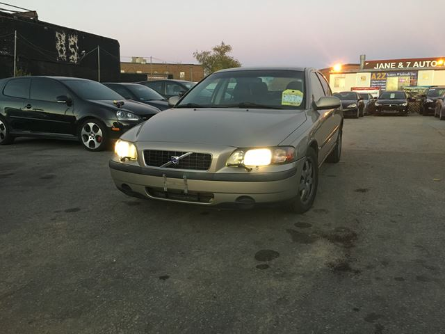 2003 Volvo S60 AWD in North York, Ontario
