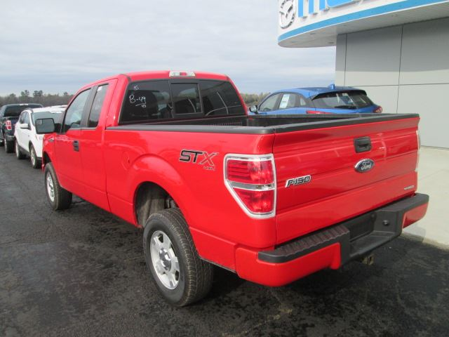 2014 ford f 150 stx pembroke ontario used car for sale 2627978. Black Bedroom Furniture Sets. Home Design Ideas