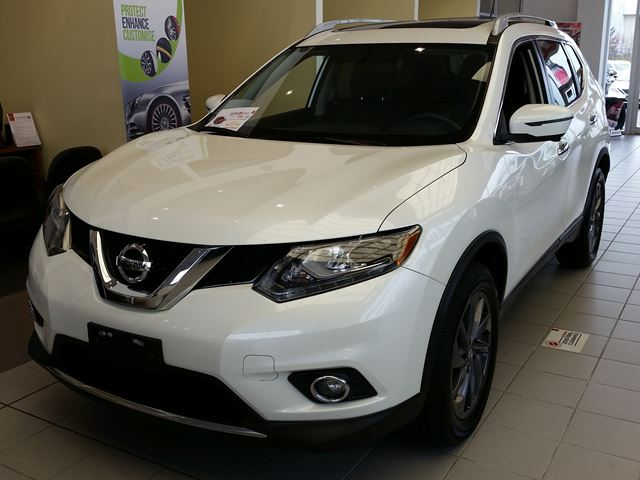 2016 nissan rogue sl white airport nissan. Black Bedroom Furniture Sets. Home Design Ideas