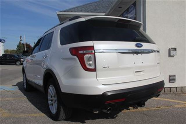 2011 ford explorer xlt v6 essex ontario used car for. Black Bedroom Furniture Sets. Home Design Ideas