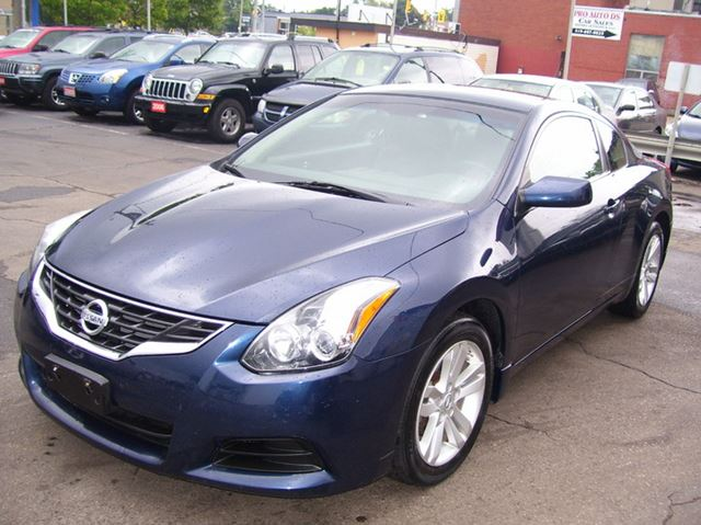 2011 nissan altima coupe 2 5 s auto a c alloys blue auto. Black Bedroom Furniture Sets. Home Design Ideas