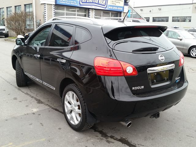 2012 nissan rogue sl toronto ontario used car for sale 2630254. Black Bedroom Furniture Sets. Home Design Ideas