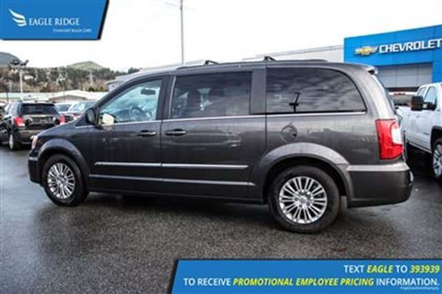 2015 chrysler town and country touring l coquitlam british columbia used car for sale 2629739. Black Bedroom Furniture Sets. Home Design Ideas