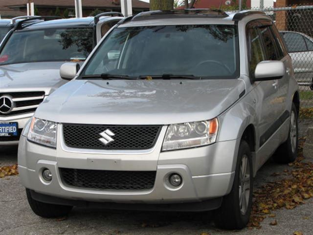 2006 Suzuki Grand Vitara 4X4 PREMIUM **LEATHER/SUNROOF/ALLOY WHEELS** in Toronto, Ontario