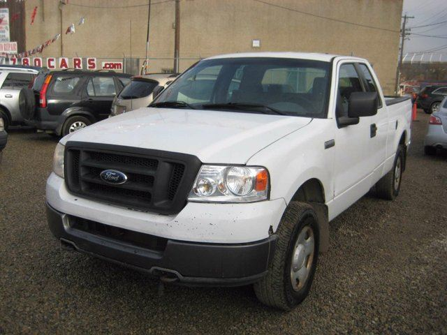 2005 ford f 150 stx 4x4 super cab styleside 6 5 ft box 145 in wb white 780cars. Black Bedroom Furniture Sets. Home Design Ideas