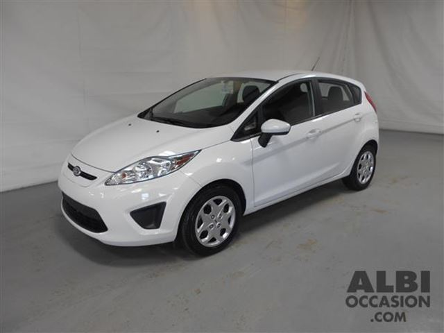 2013 ford fiesta se hatchback mascouche quebec used car. Black Bedroom Furniture Sets. Home Design Ideas