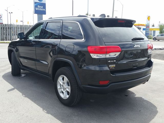 2015 jeep grand cherokee laredo 4x4 suv belleville ontario car for sale 2631750. Black Bedroom Furniture Sets. Home Design Ideas