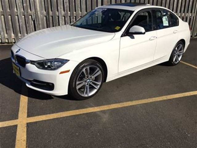2014 bmw 3 series 320i xdrive burlington ontario used car for sale 2632504. Black Bedroom Furniture Sets. Home Design Ideas
