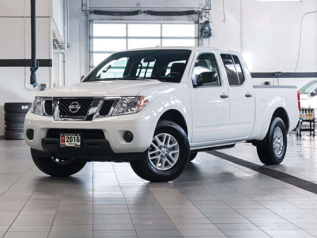 2016 nissan frontier sv crewcab 4wd kelowna british columbia used car for sale 2632317. Black Bedroom Furniture Sets. Home Design Ideas