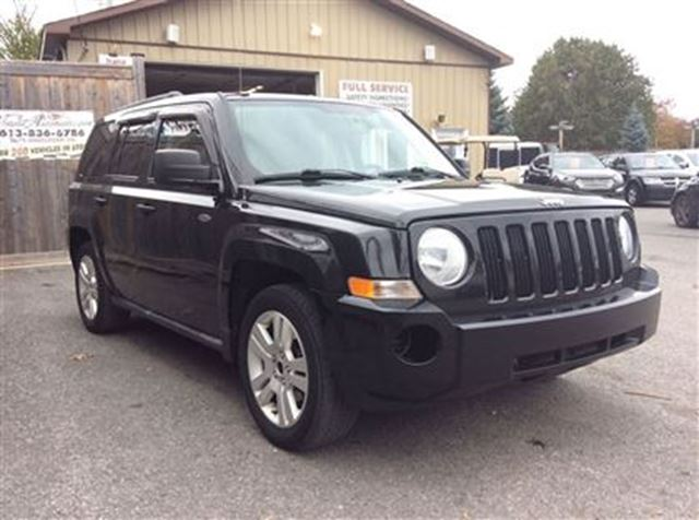 2010 jeep patriot north 4x4 ottawa ontario used car for. Black Bedroom Furniture Sets. Home Design Ideas