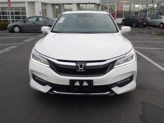 2016 honda accord touring balance of the factory warranty included richmond british. Black Bedroom Furniture Sets. Home Design Ideas