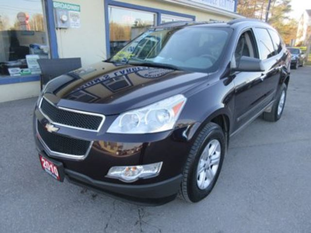 2010 chevrolet traverse well equipped ls edition 8. Black Bedroom Furniture Sets. Home Design Ideas