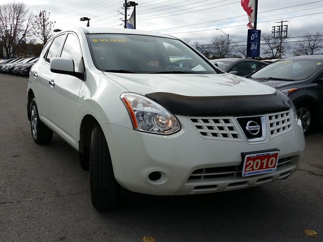 2010 nissan rogue s newmarket ontario used car for sale 2635369. Black Bedroom Furniture Sets. Home Design Ideas