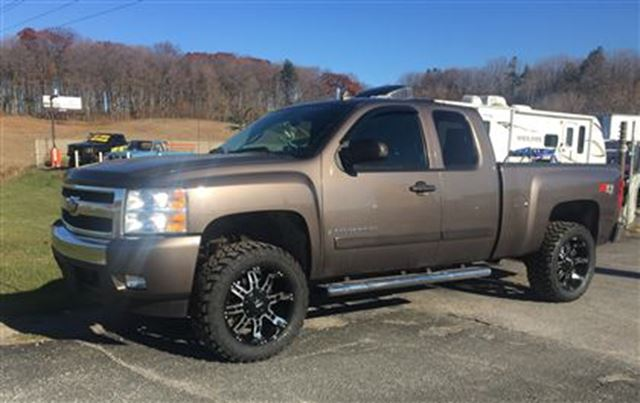 2008 chevrolet silverado 1500 lt 4 39 lift brand new wheel. Black Bedroom Furniture Sets. Home Design Ideas