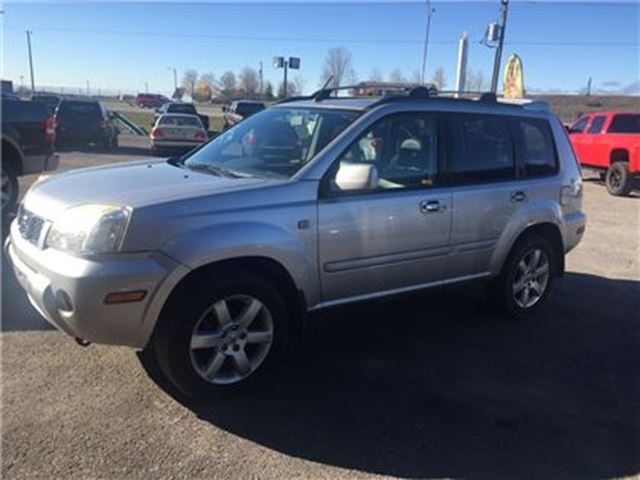 2006 NISSAN X-TRAIL XE, LEATHER, SUNROOF, HEATED SEATS in Orono, Ontario