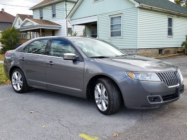 2010 lincoln mkz st catharines ontario used car for sale 2637151. Black Bedroom Furniture Sets. Home Design Ideas
