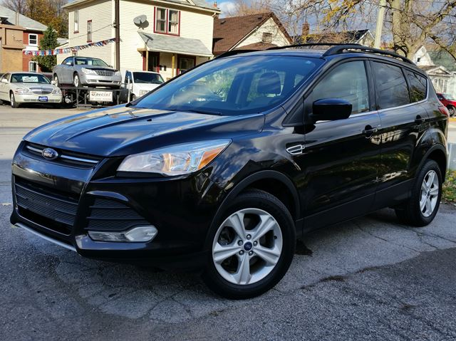 2013 ford escape se 4wd black courtesy auto sales. Black Bedroom Furniture Sets. Home Design Ideas