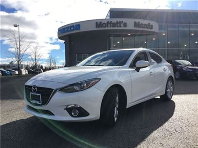 2016 MAZDA MAZDA3 GT LEATHER, SUNROOF, HEAT SEATS, BACK-UP CAM, GPS in Barrie, Ontario