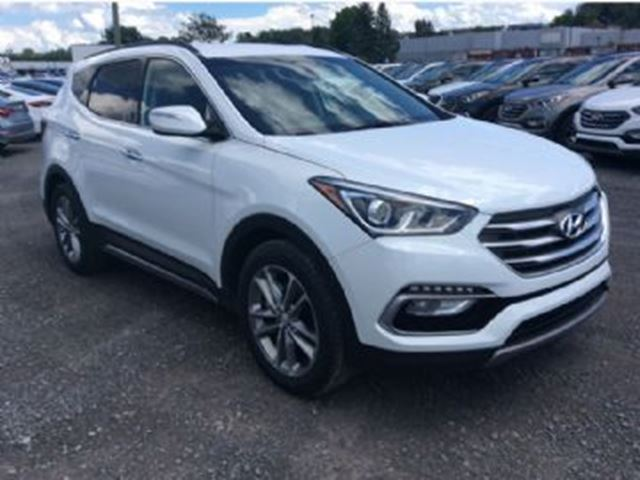 2017 hyundai santa fe se awd mississauga ontario used car for sale 2638110. Black Bedroom Furniture Sets. Home Design Ideas