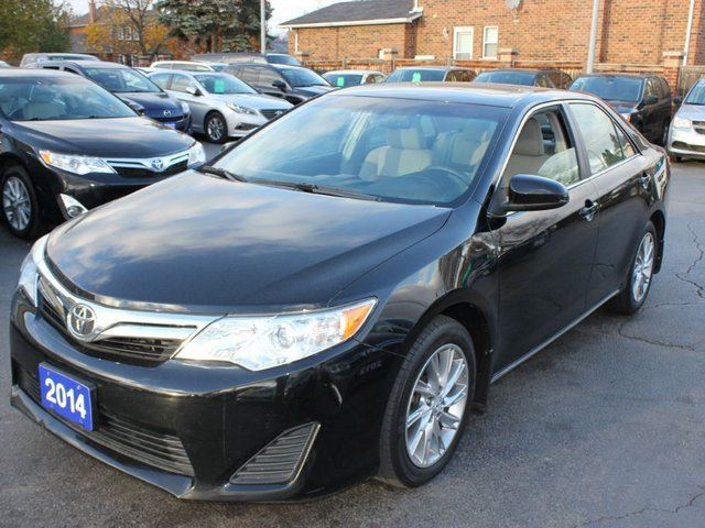 2014 toyota camry le sunroof alloy wheels black 9 auto sales. Black Bedroom Furniture Sets. Home Design Ideas