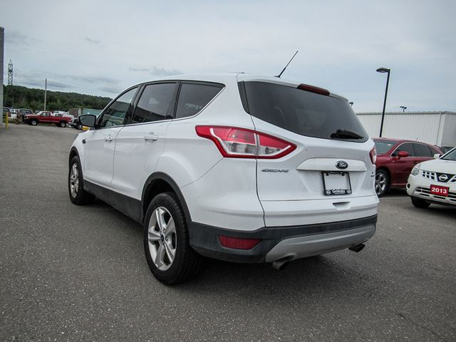 2015 ford escape escape to wherever you want to go grimsby ontario car for sale 2639789. Black Bedroom Furniture Sets. Home Design Ideas