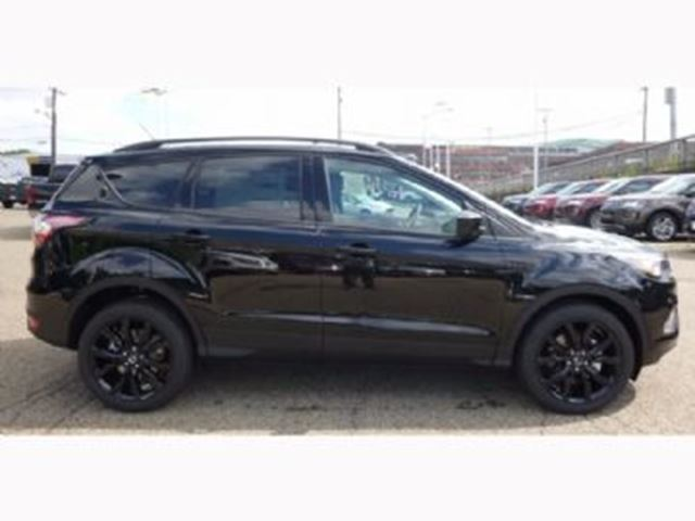 2017 ford escape se sport mississauga ontario used car for sale 2640475. Black Bedroom Furniture Sets. Home Design Ideas