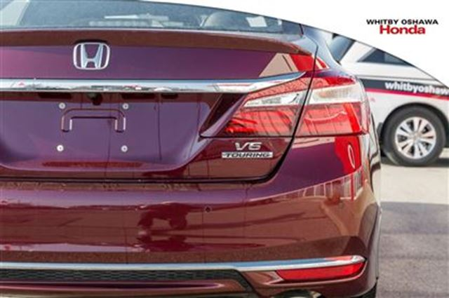 used 2016 honda accord v 6 cy touring v6 whitby. Black Bedroom Furniture Sets. Home Design Ideas