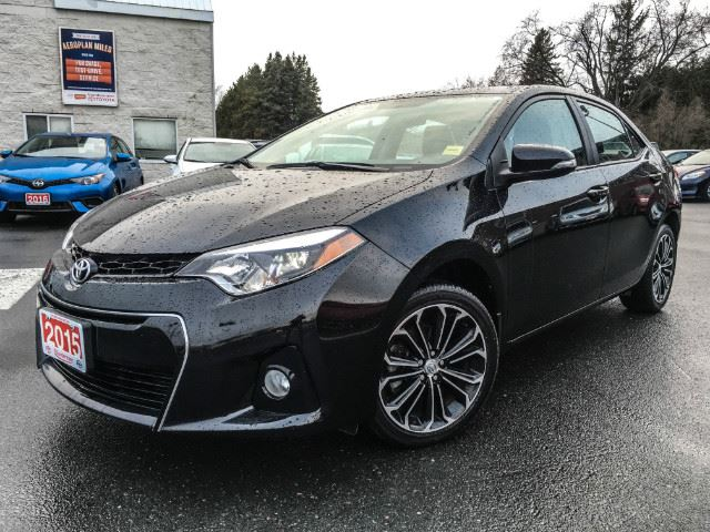 2015 toyota corolla l sport navi leather more cobourg ontario used car for sale 2641384. Black Bedroom Furniture Sets. Home Design Ideas