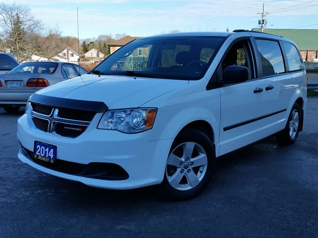 2014 dodge grand caravan se white manley motors limited. Black Bedroom Furniture Sets. Home Design Ideas