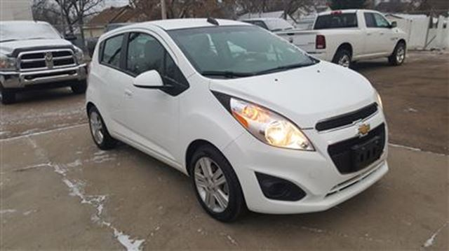 2015 chevrolet spark 1lt cvt white touchdown auto. Black Bedroom Furniture Sets. Home Design Ideas