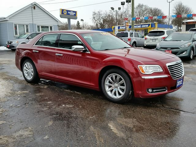 2012 chrysler 300 limited leather panoramic sunroof barrie ontario used car for sale. Black Bedroom Furniture Sets. Home Design Ideas