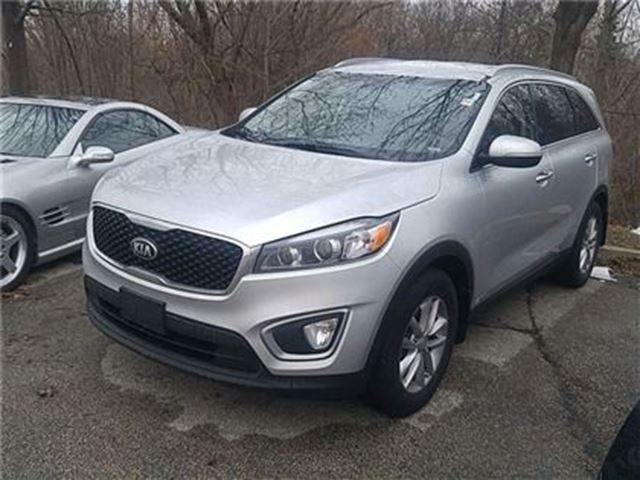 2016 kia sorento 2 4l lx awd bluetooth heated seats silver airport kia. Black Bedroom Furniture Sets. Home Design Ideas