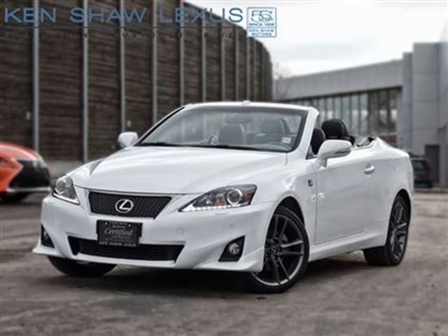 2014 lexus is 250c f sport nav 14000 km white. Black Bedroom Furniture Sets. Home Design Ideas