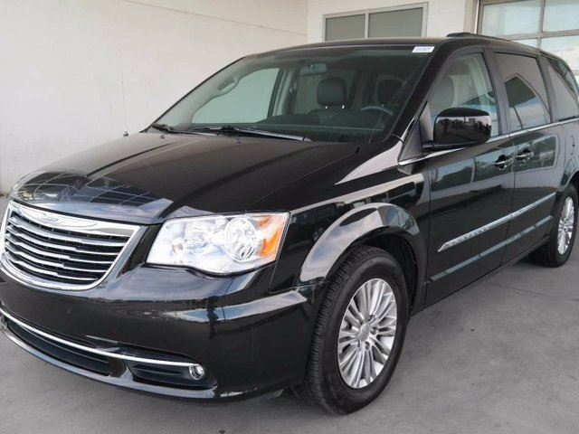 2016 chrysler town country touring l leather heated seats black go honda. Black Bedroom Furniture Sets. Home Design Ideas