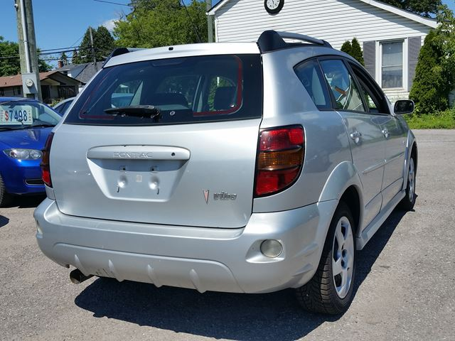 2007 pontiac vibe oshawa ontario car for sale 2644968. Black Bedroom Furniture Sets. Home Design Ideas