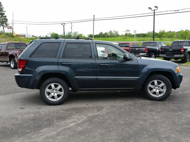 2008 jeep grand cherokee laredo 4x4 only 119000km in ottawa. Black Bedroom Furniture Sets. Home Design Ideas