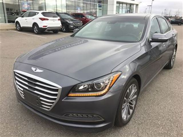 2016 hyundai genesis premium brampton ontario used car for sale 2646090. Black Bedroom Furniture Sets. Home Design Ideas