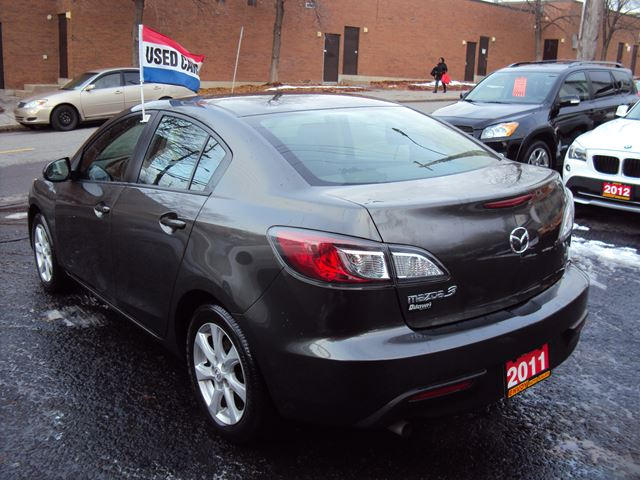 2011 Mazda Mazda3 One Owner Accident Free Low Kms 2010 Mazda 3 Owners Manual  Pdf 2012 Mazda 3 Owners Manual