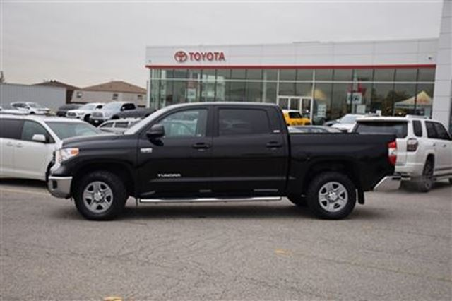 2014 toyota tundra sr5 georgetown ontario used car for sale 2647234. Black Bedroom Furniture Sets. Home Design Ideas
