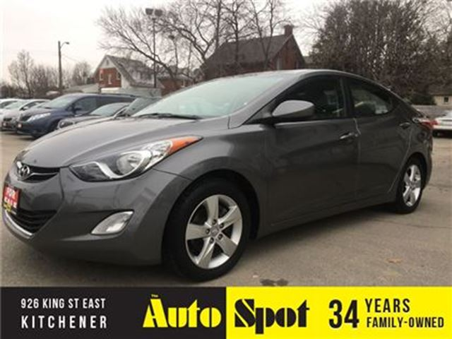 2012 HYUNDAI ELANTRA GLS/MOONROOF/METICULOUSLY MAINTAINED !! in Kitchener, Ontario