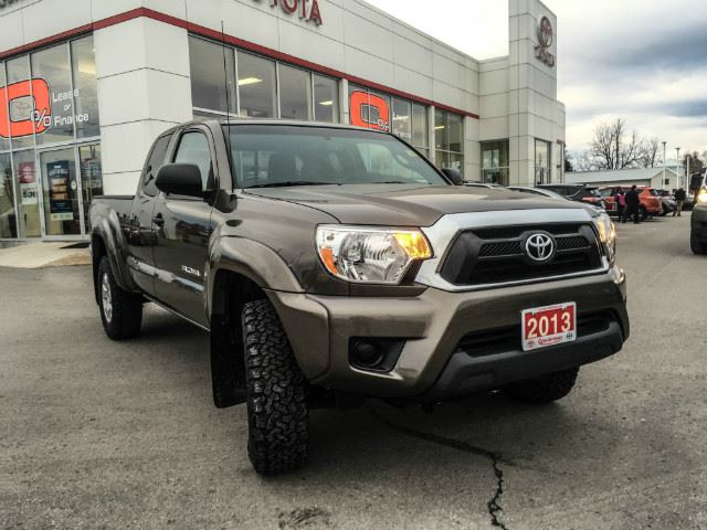 2013 toyota tacoma access cab one owner serviced here. Black Bedroom Furniture Sets. Home Design Ideas