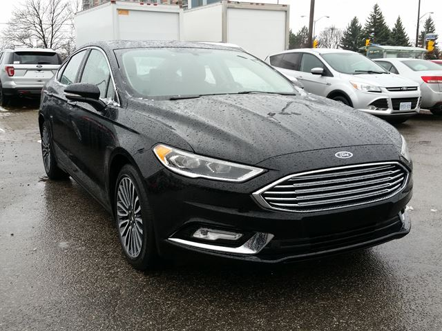 2017 ford fusion se like new leather roof nav scarborough ontario used car for sale 2646534. Black Bedroom Furniture Sets. Home Design Ideas