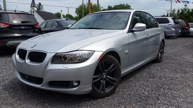 2011 bmw 3 series 328i xdrive classic edition ottawa. Black Bedroom Furniture Sets. Home Design Ideas