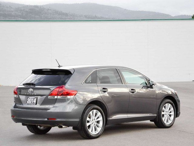 2014 toyota venza le awd kelowna british columbia used car for sale 2648289. Black Bedroom Furniture Sets. Home Design Ideas