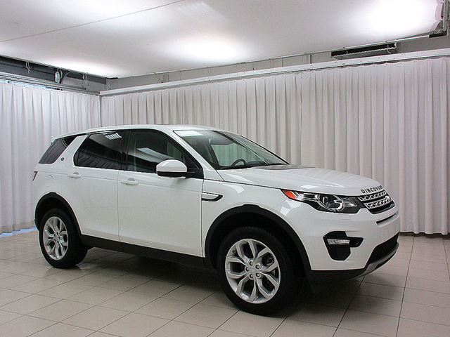 2016 LAND ROVER DISCOVERY HSE 4WD w/ NAVIGATION, PANORAMIC ROOF, LEATHER  in Halifax, Nova Scotia