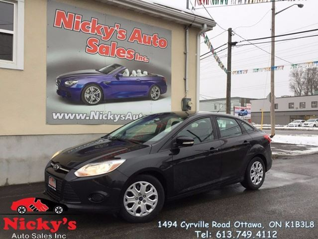 2013 FORD Focus SE, MICROSOFT SYNC, BLUETOOTH, ACCIDENT FREE! $0 DOWN $75 BI-WEEKLY! in Ottawa, Ontario