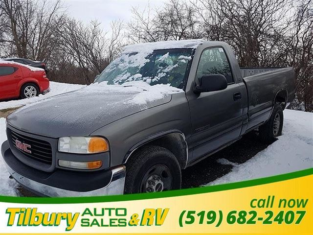 2000 GMC SIERRA 2500  SL - SOLD AS IS in Tilbury, Ontario