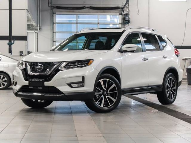 2017 nissan rogue sl platinum all wheel drive white. Black Bedroom Furniture Sets. Home Design Ideas