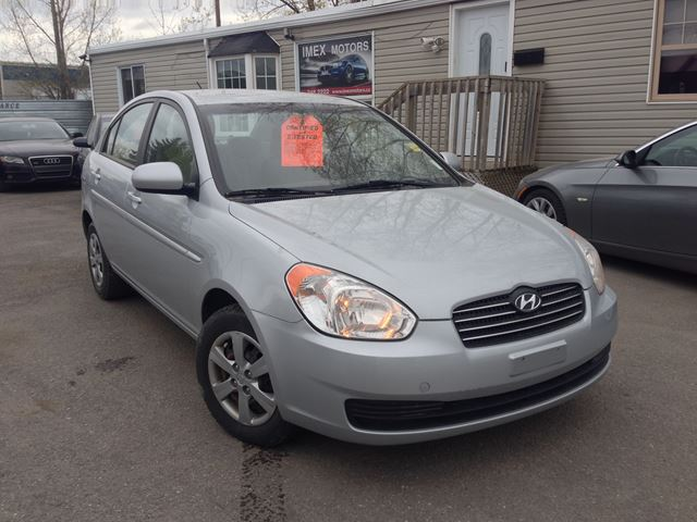 2010 hyundai accent gl ottawa ontario used car for sale. Black Bedroom Furniture Sets. Home Design Ideas