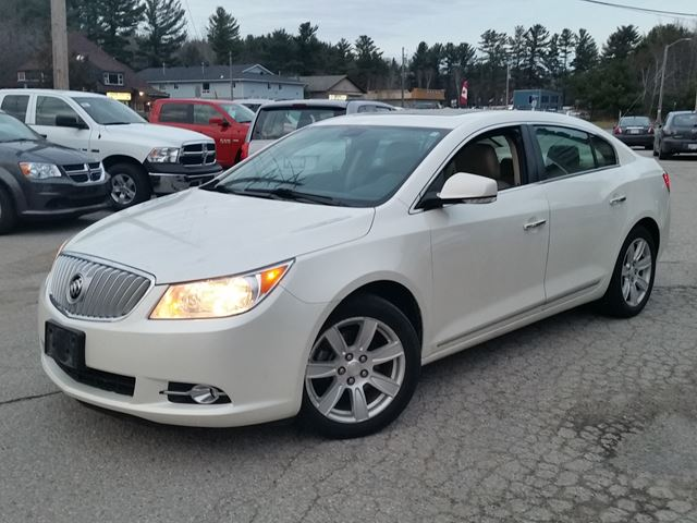 2010 buick lacrosse cxl gravenhurst ontario used car for sale 2651397. Black Bedroom Furniture Sets. Home Design Ideas